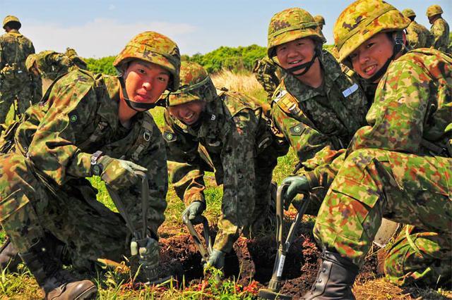 画像9: 自衛官候補生53人、新たな旅立ち|都城駐屯地