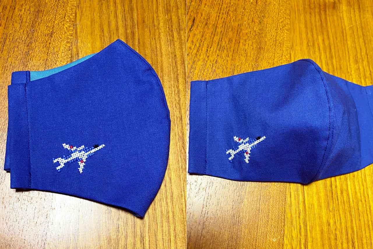画像: 東松島ステッチガールズさんによるブルーインパルスのクロスステッチ刺繍作品 ブルーインパルスファンネット様ご提供(製作:東松島ステッチガールズ)