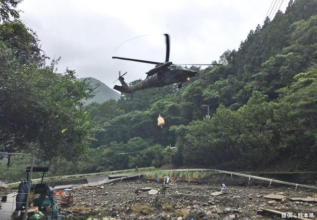 画像6: ヘリで孤立した希少種豚を救出|陸上自衛隊