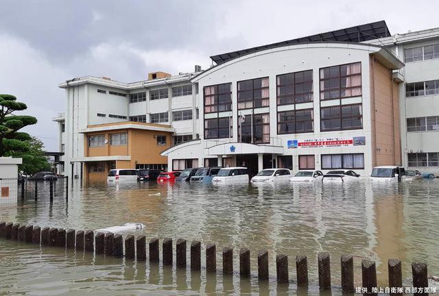 画像2: 写真で見る「令和2年7月豪雨」災害派遣|陸自西部方面隊