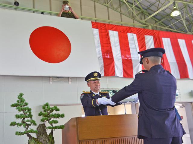 画像4: 一般陸曹候補生課程97人が修了式|えびの駐屯地