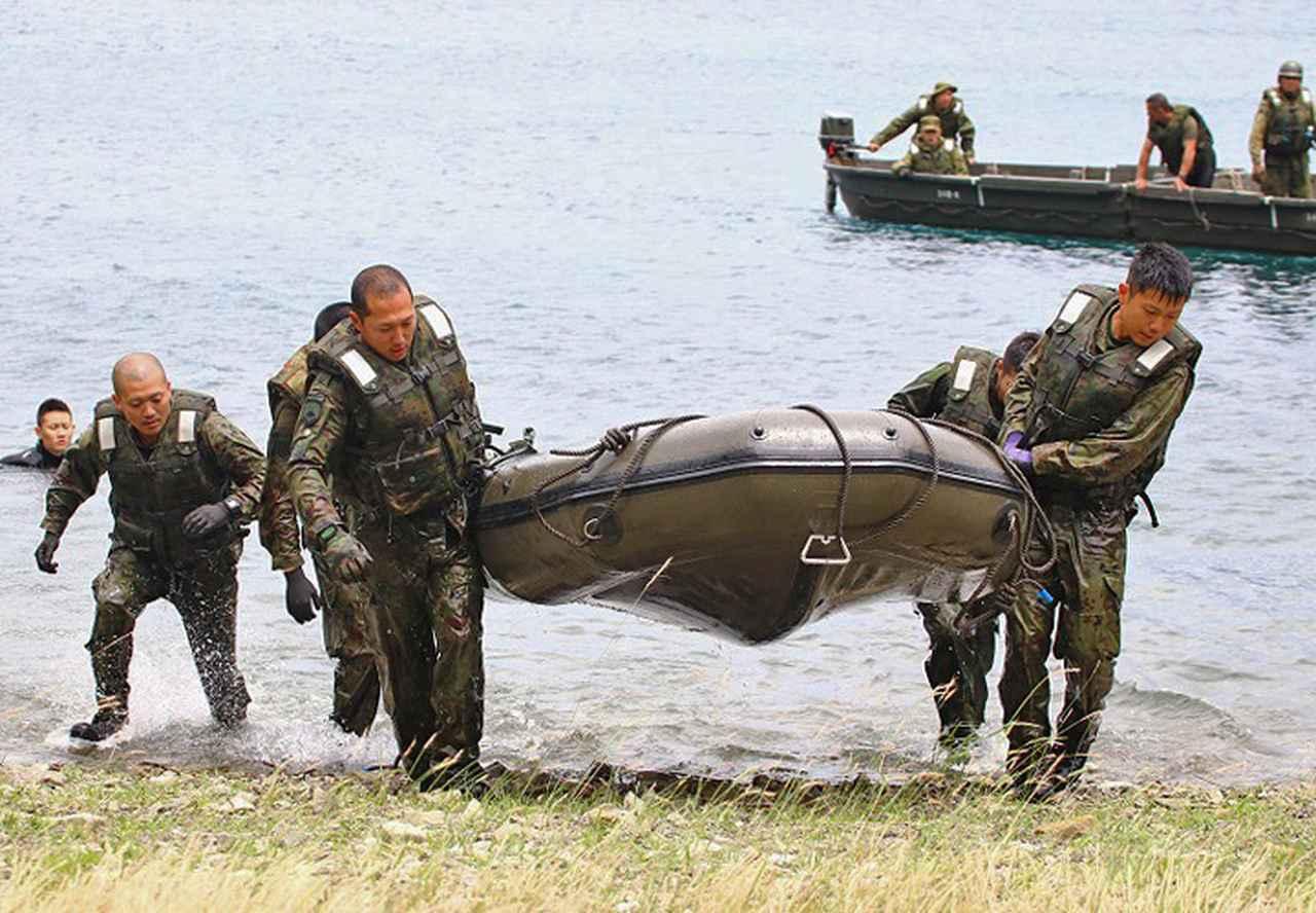 画像1: 水難救助の基礎的技術を修得 板妻駐屯地