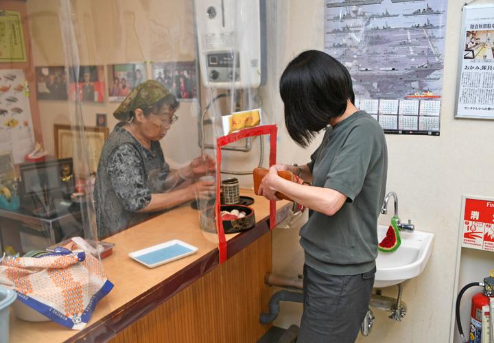 画像3: 陸自で唯一の寿司屋「米沢寿し店」が50周年 秋田駐屯地