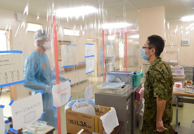 画像9: 新型コロナ災派、県内医療機関を支援|陸自15旅団