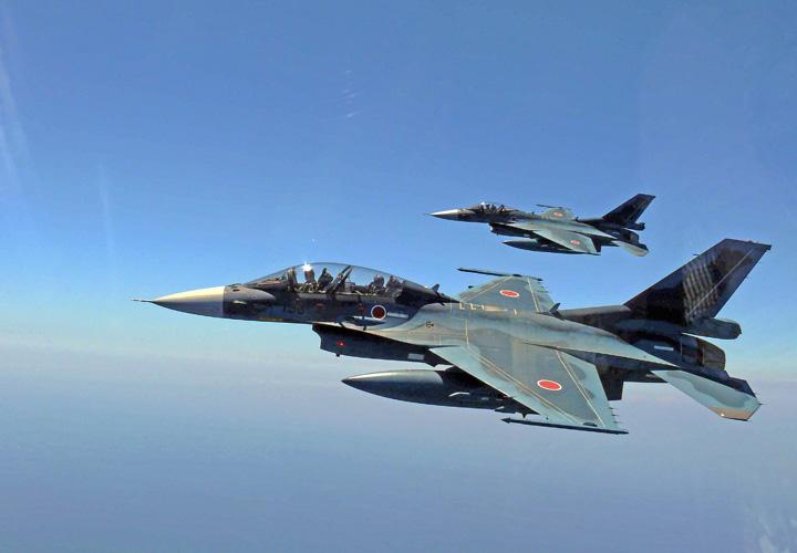 画像5: 河野大臣がF2戦闘機のG体感 空自百里基地