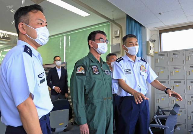 画像3: 河野大臣がF2戦闘機のG体感|空自百里基地