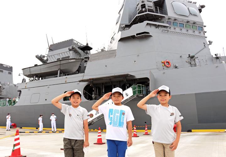 画像2: 護衛艦「しらぬい」を特別公開|徳島地本