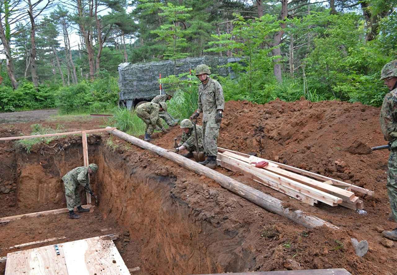 画像3: 射撃訓練の場を活用し築城訓練|仙台駐屯地