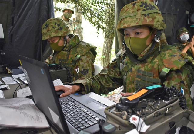 画像7: 射撃訓練の場を活用し築城訓練 仙台駐屯地