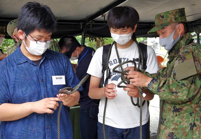 画像2: 3師団職種博で装備品展示支援|伊丹駐屯地