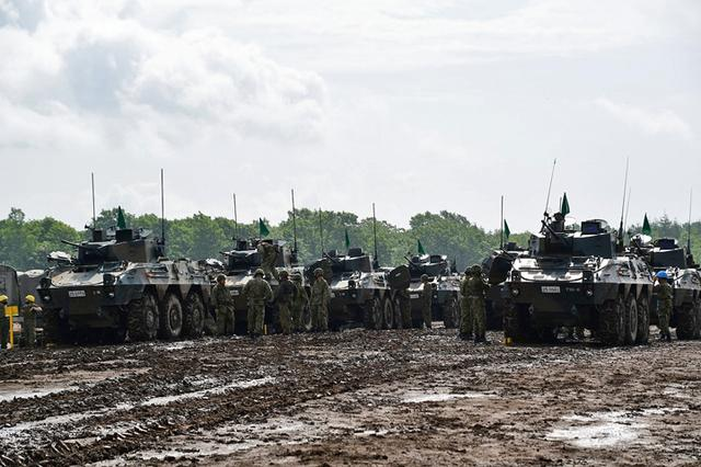 画像2: 偵察警戒車の射撃能力向上図る|陸自7師団