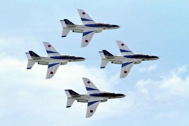 画像: A隊形は最も密集した隊形で、翼が重なる「ファンブレーク」の間隔