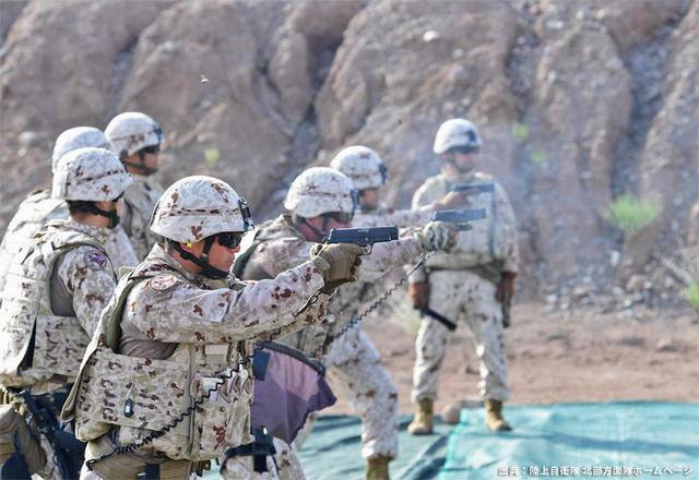 画像7: ジブチ派遣要員 帰国隊員ねぎらう|名寄駐屯地