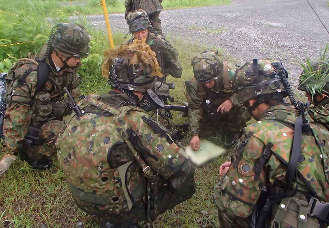 画像1: 33普連、諸職種協同戦闘訓練|久居駐屯地