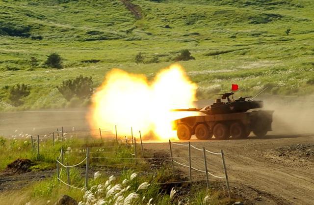 画像3: MCV訓練、女性隊員が装填手として初参加|北熊本駐屯地