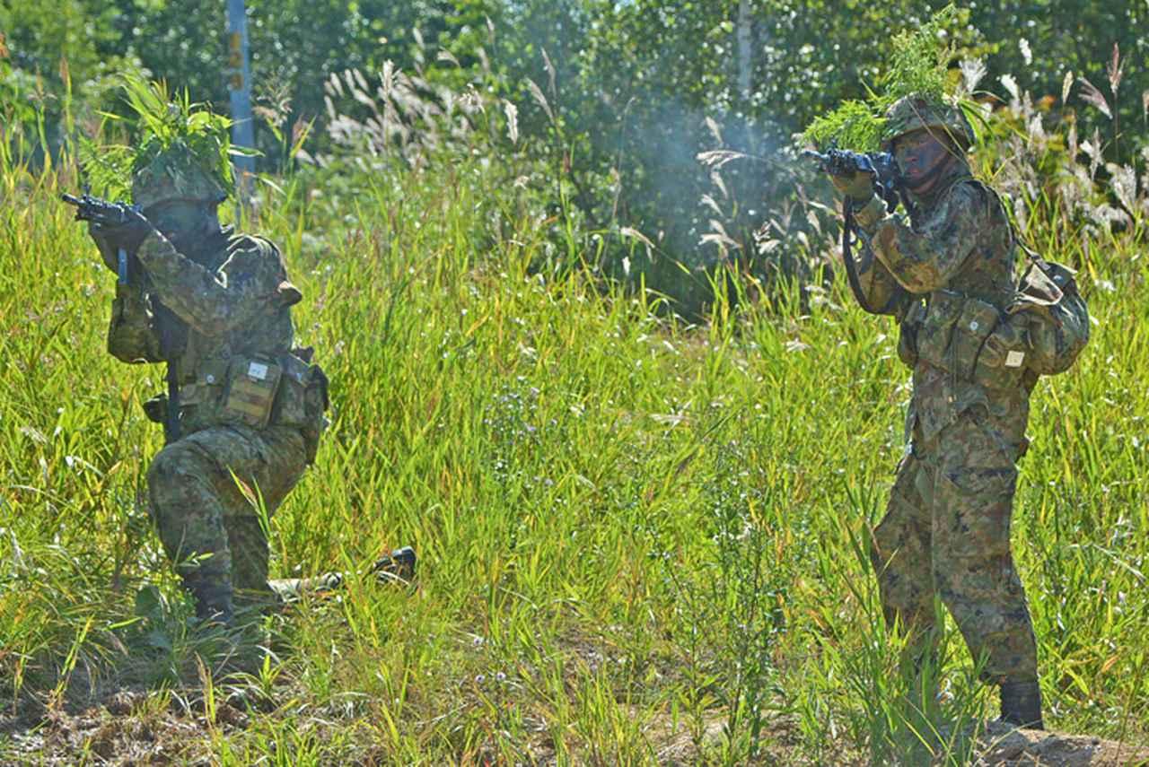 画像4: 新隊員総合訓練 女性隊員が砲迫で射撃支援 名寄駐屯地