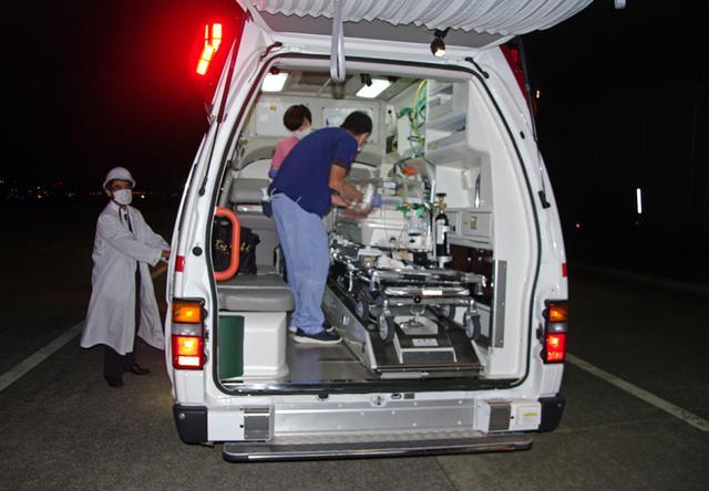 画像3: 災派要請 心疾患の新生児を緊急空輸|空自新田原基地
