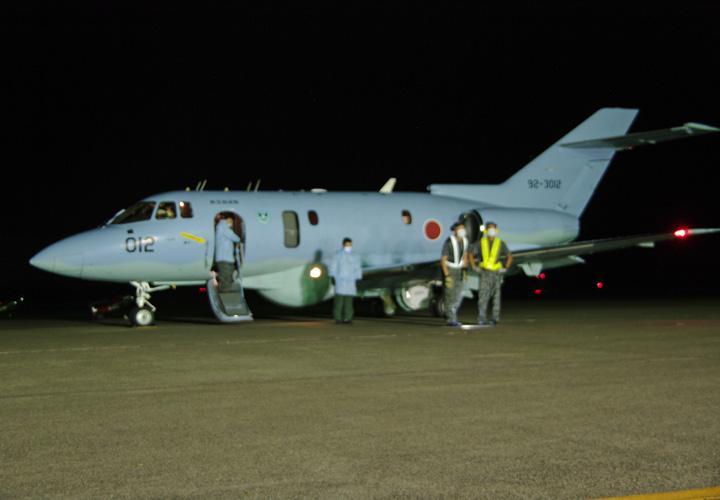画像1: 災派要請 心疾患の新生児を緊急空輸|空自新田原基地