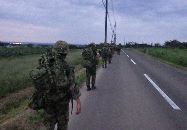 画像1: 44普連が6師団訓練検閲 8日間の行進後、防御戦闘 福島駐屯地