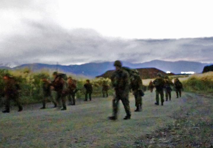 画像2: 第3次連隊野営 「常即公」一丸で訓練|武山駐屯地