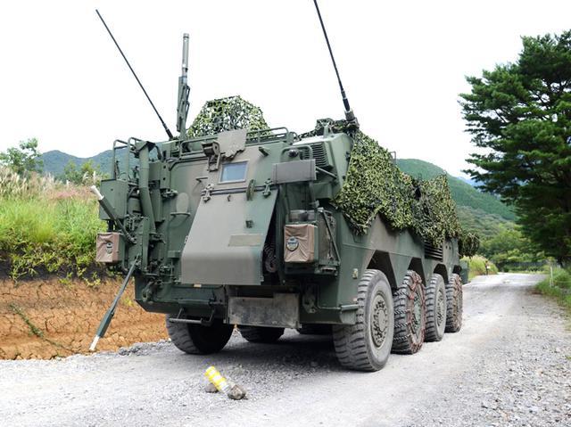 画像: NBC偵察車で汚染地域の検知を行う第15特殊武器防護隊