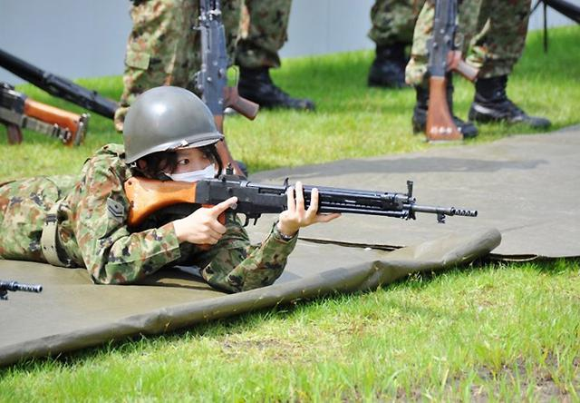 画像: 射撃予習訓練