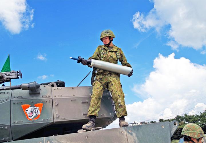 画像1: 機動戦闘車合同射撃訓練に参加して 藤原 愛咲 陸士長(北熊本駐42即応機動連隊 機動戦闘車隊)