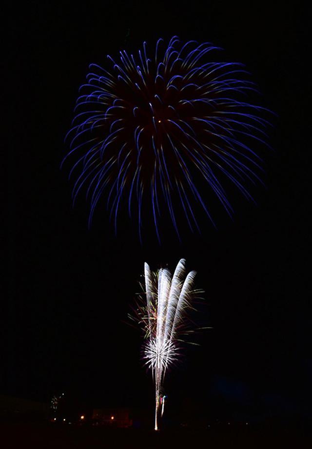 画像6: 打ち上げ場所を提供「土崎夢花火」を支援|秋田駐屯地