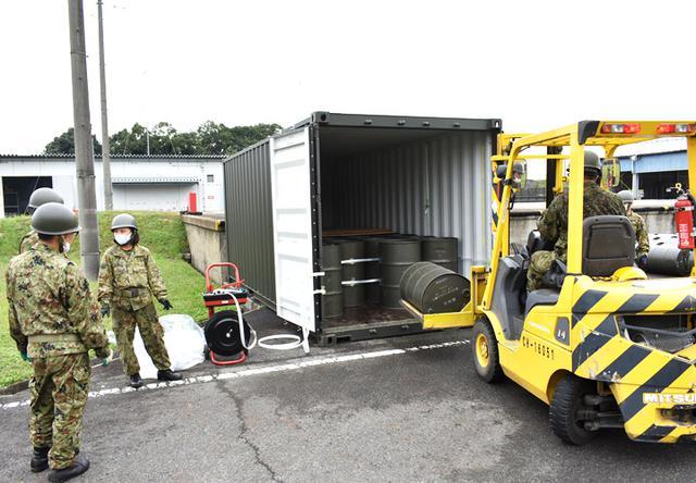 画像1: 事態対処兵站訓練 補給業務、駐屯地警備の練度向上|陸自関西補給処