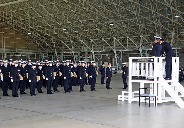 画像1: 基地開隊62周年行事/無事故飛行61万時間で1級賞状|海自徳島教育航空群