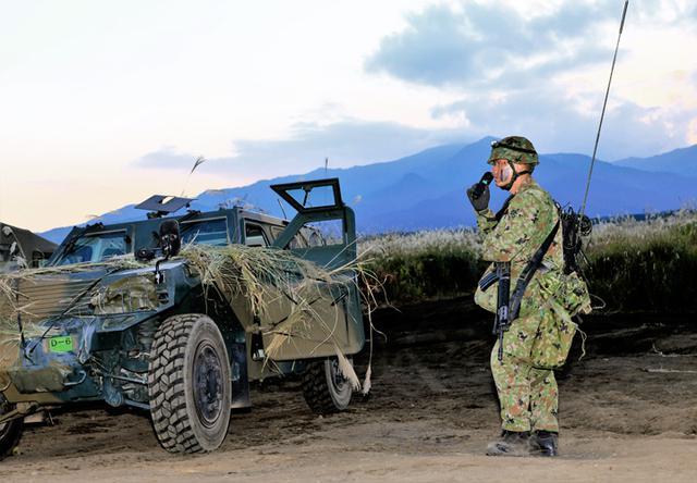 画像: 戦闘前哨収容掩護の準備