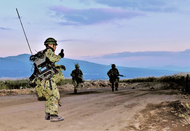 画像: 戦闘前哨収容掩護後の道路閉塞