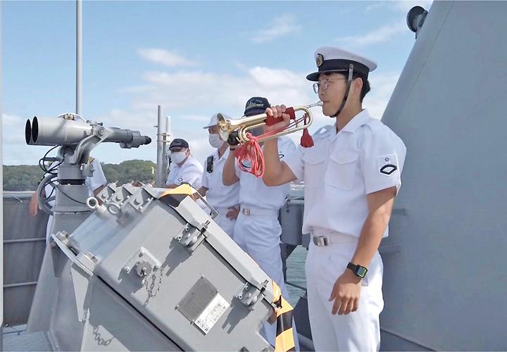 画像2: 瀬戸内海で海自練習艦「しまゆき」体験航海|広島地本