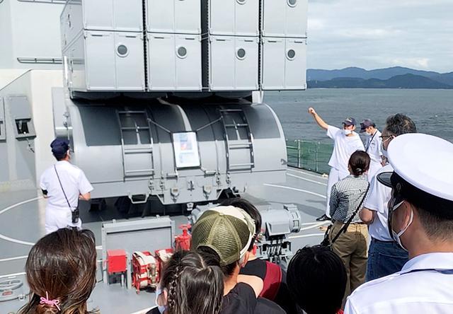 画像1: 瀬戸内海で海自練習艦「しまゆき」体験航海|広島地本
