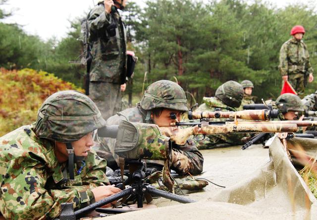 画像: 一発必中の射撃(狙撃銃射撃)