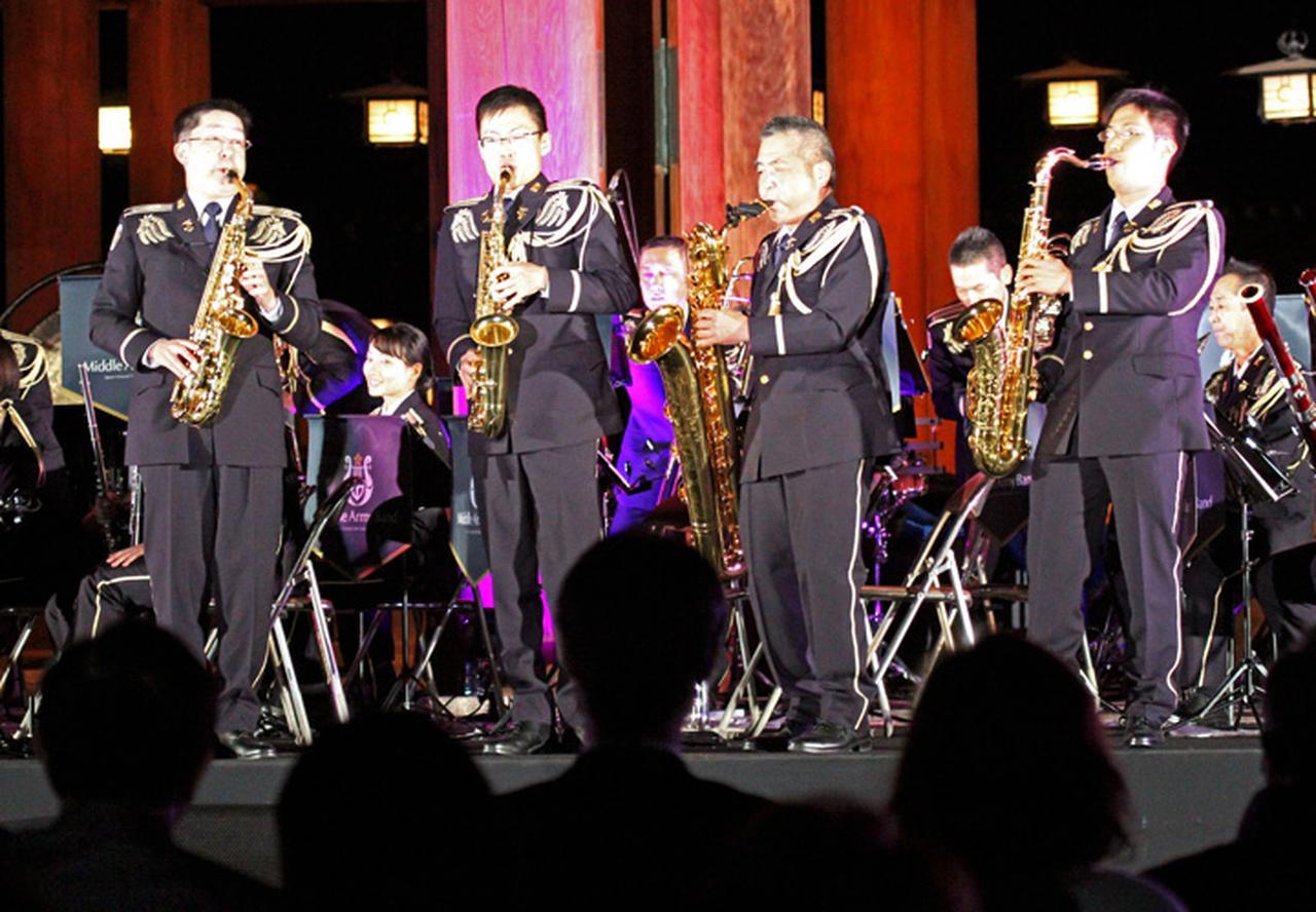 画像5: 「医療従事者に癒しを」陸自中方音楽隊がコンサート|奈良地本