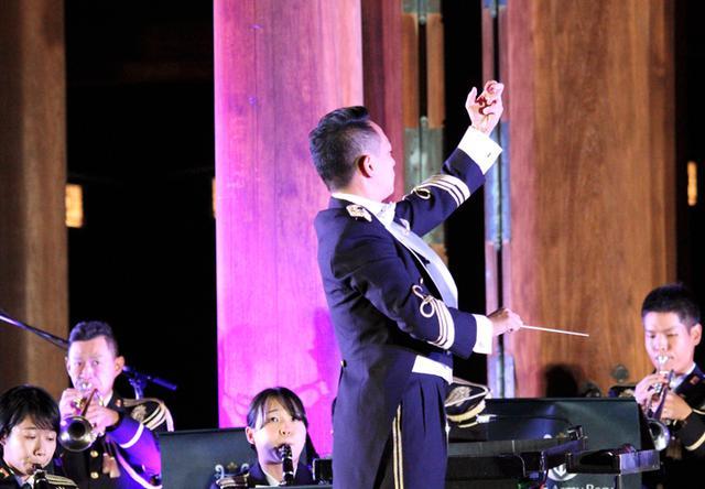 画像4: 「医療従事者に癒しを」陸自中方音楽隊がコンサート|奈良地本