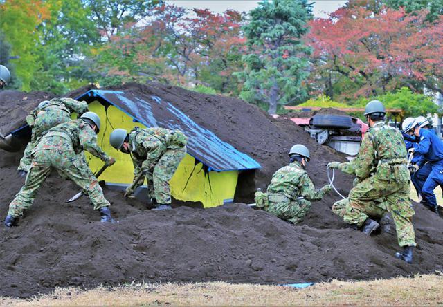 画像: 【川崎】倒壊家屋内の要救助者探索