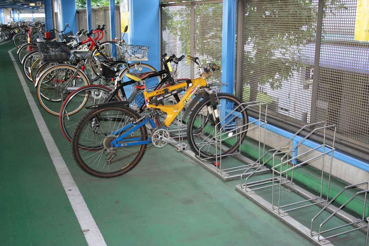 画像: Wikipedia「駐輪場」より images.app.goo.gl