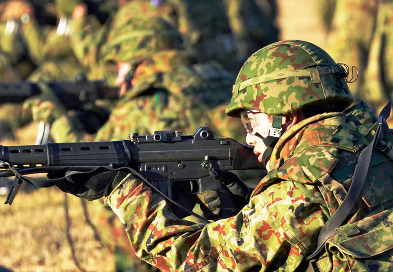 画像: 89式小銃射撃