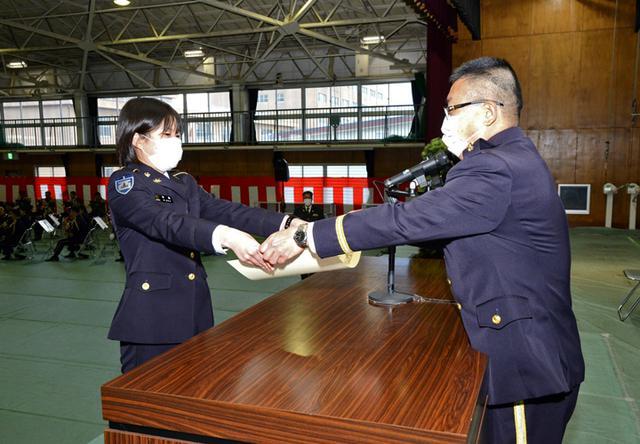 画像5: 新成人が家族に感謝の手紙 司令が写真リクエストに応える|健軍駐屯地