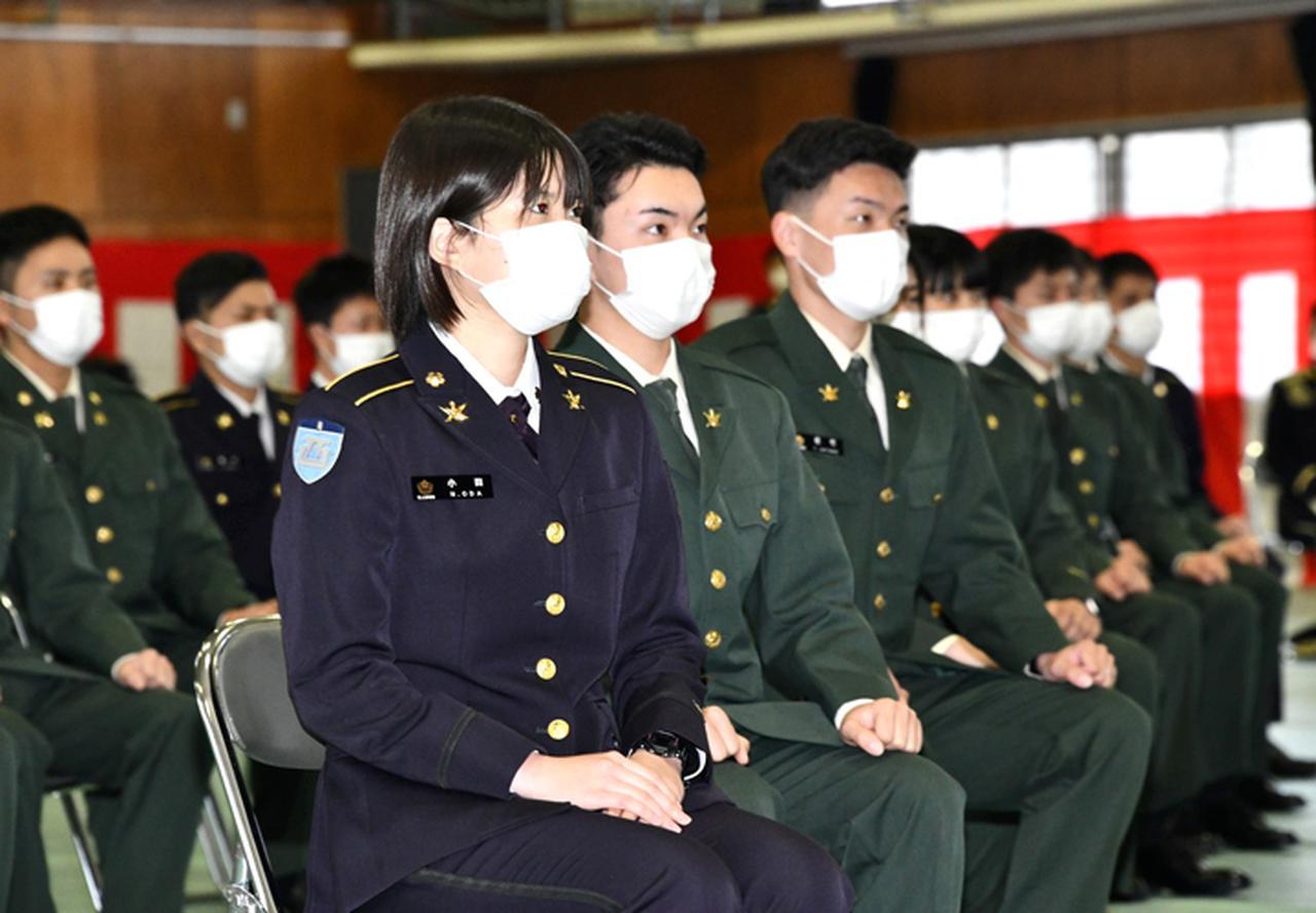 画像7: 新成人が家族に感謝の手紙 司令が写真リクエストに応える 健軍駐屯地