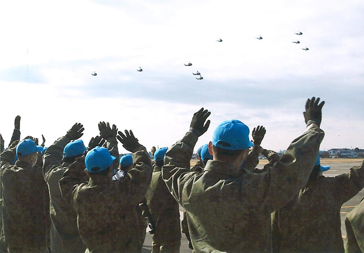 画像3: 訓練始め ヘリ10機が新春の蒼天に舞う 陸自航空学校宇都宮校
