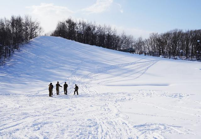 画像7: 官品スキー未経験者19人が積雪地集合訓練|岩見沢駐屯地