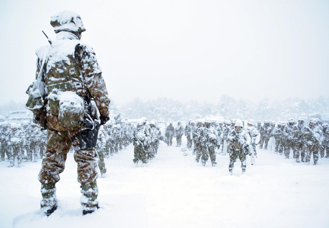 画像5: 雪舞う中、22即応機動連隊が第7次連隊野営訓練 多賀城駐屯地
