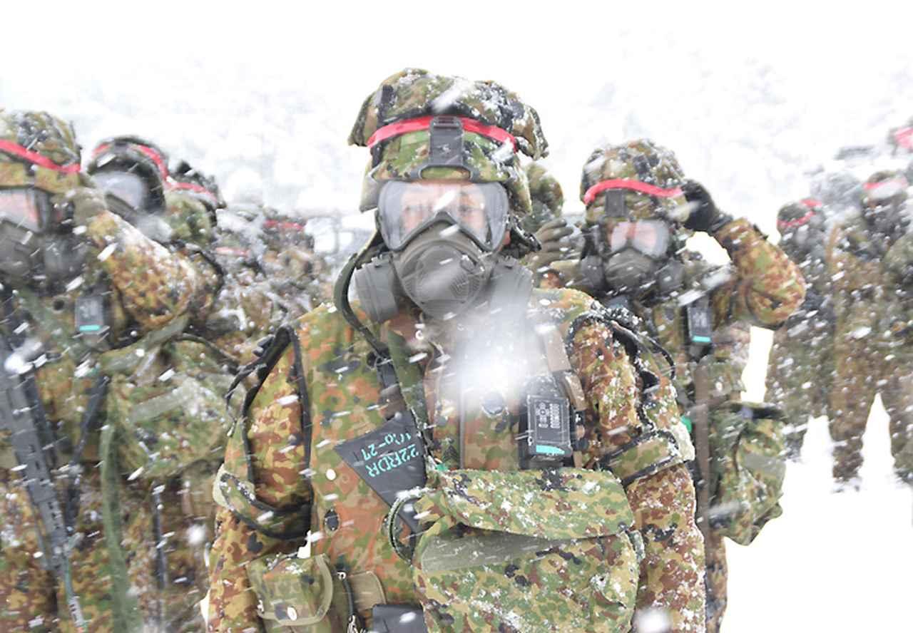 画像1: 雪舞う中、22即応機動連隊が第7次連隊野営訓練 多賀城駐屯地