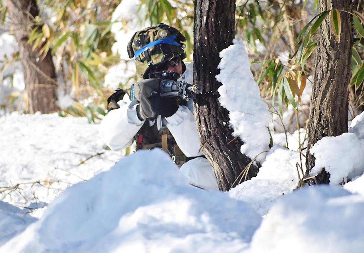 画像9: 雪舞う中、22即応機動連隊が第7次連隊野営訓練 多賀城駐屯地