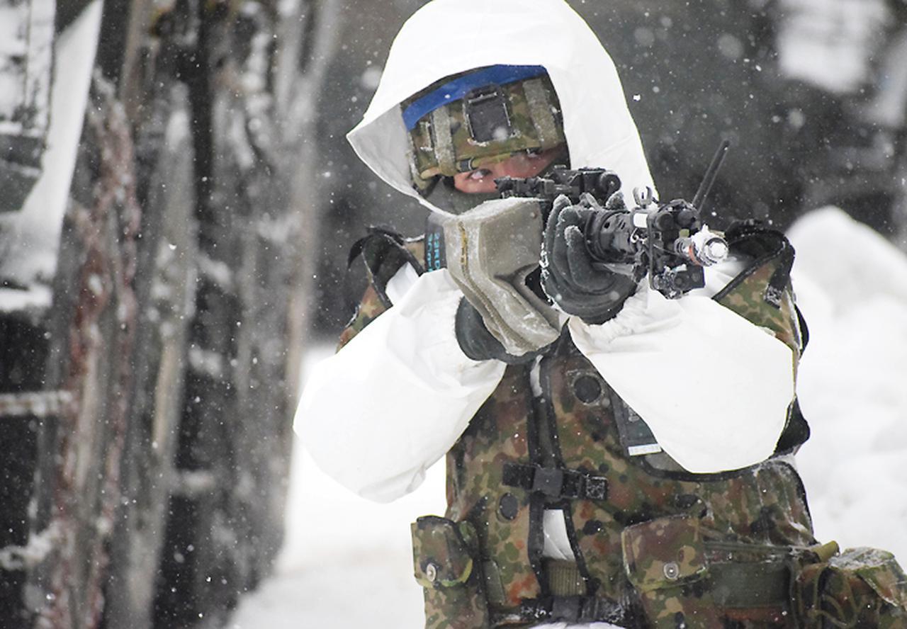 画像10: 雪舞う中、22即応機動連隊が第7次連隊野営訓練 多賀城駐屯地