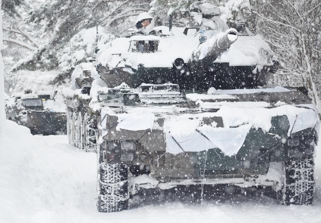 画像15: 雪舞う中、22即応機動連隊が第7次連隊野営訓練|多賀城駐屯地