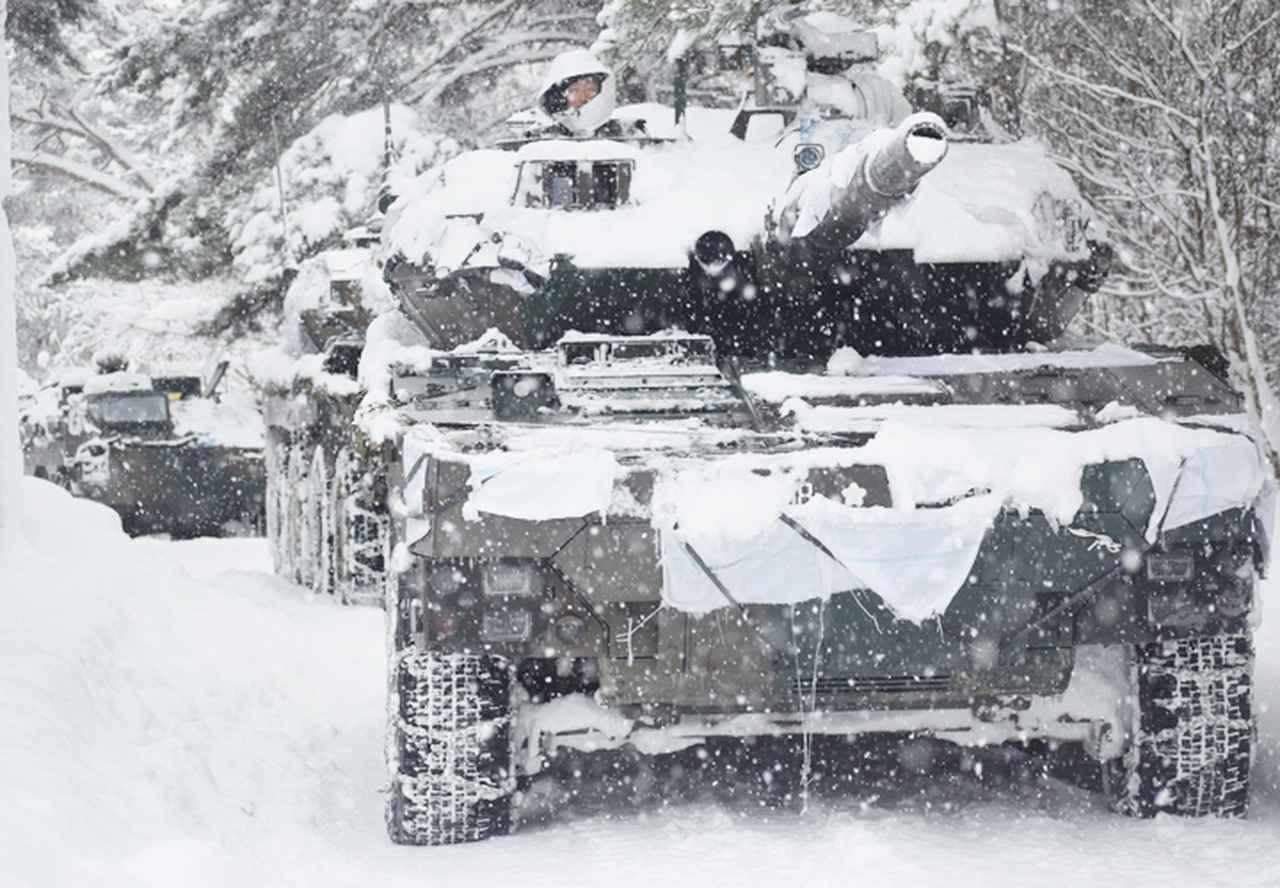 画像15: 雪舞う中、22即応機動連隊が第7次連隊野営訓練 多賀城駐屯地